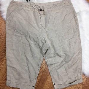 Lane Bryant Linen Blend Capri Pants Size 22/24